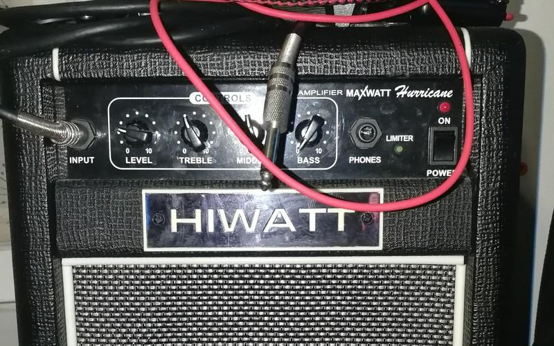 Hiwatt Maxwatt Hurricane