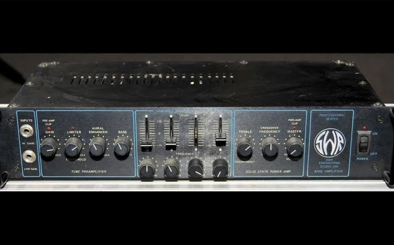 SWR Studio 220